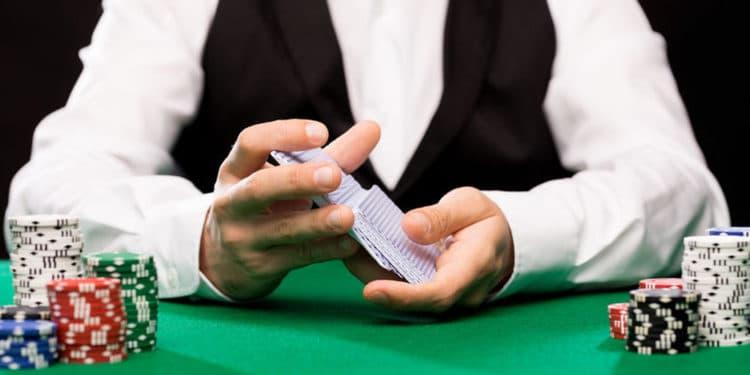 Dealer de casino trabajos que pagan bien