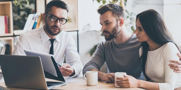 Asesor financiero trabajo facil de conseguir sin universidad