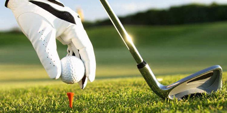 Asistente de golf empleos faciles bien remunerados
