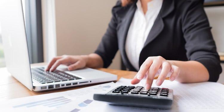 Ayudante de contabilidad trabajo sencillos que pagan bien