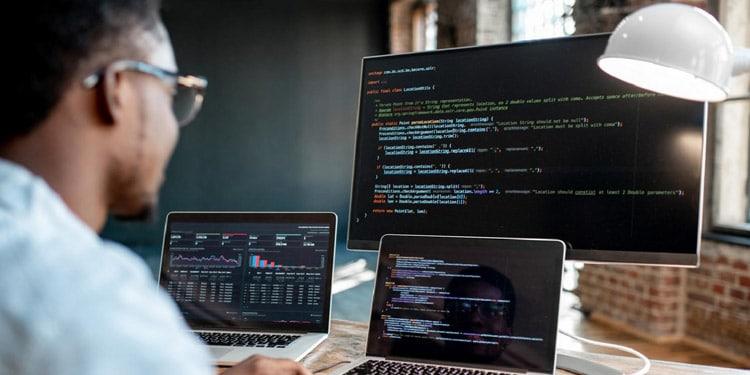Desarrollador de software trabajos faciles de conseguir alta demanda