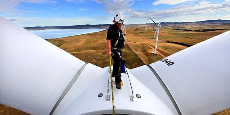 Tecnico en turbinas eolicas trabajo facil de conseguir