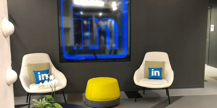 LinkedIn empleos queens new york