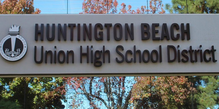 Escuelas y universidades en Huntington Beach, CA