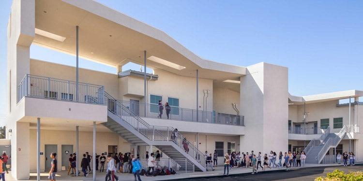 Escuelas y universidades en Oxnard