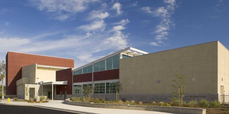 Escuelas y universidades en Riverside