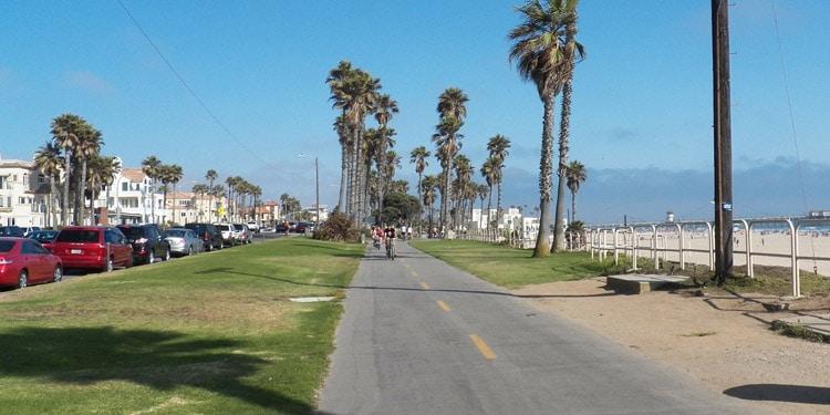 Trafico y transporte en Huntington Beach CA