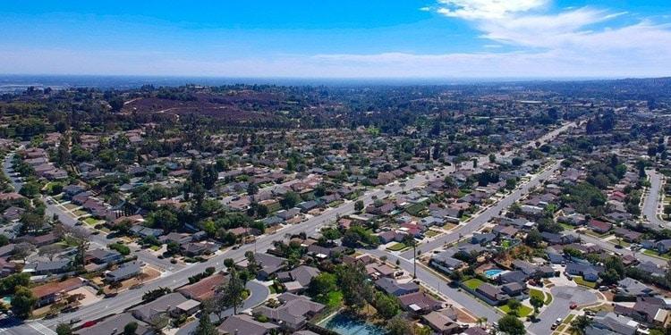 vivir en fullerton california