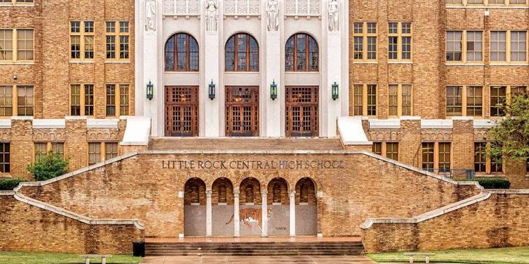 Escuelas y universidades en Little Rock