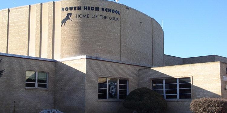 Escuelas y universidades en Pueblo