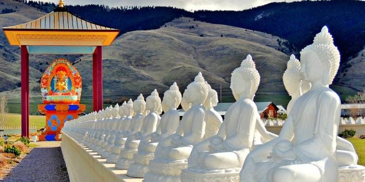 Jardin de los Mil Budas Garden of One Thousand Buddhas