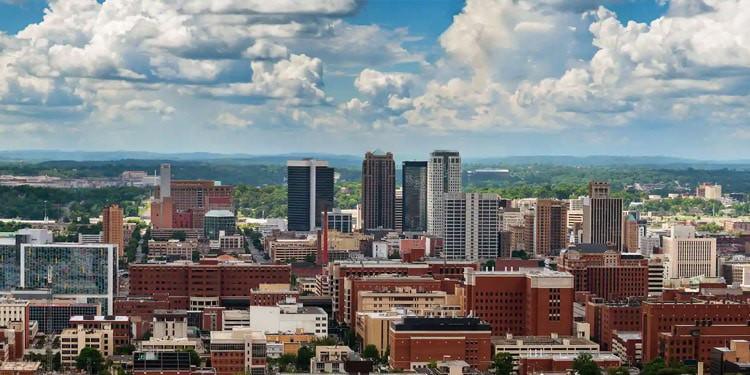 mejores ciudades vivir en Alabama