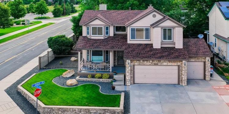 mejores vecindarios vivir en Lakewood Colorado Coyote Gulch