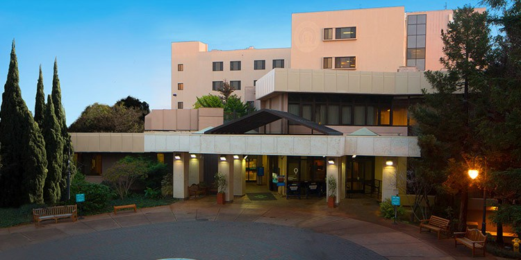 Salinas Valley Memorial Healthcare System trabajos Salinas California
