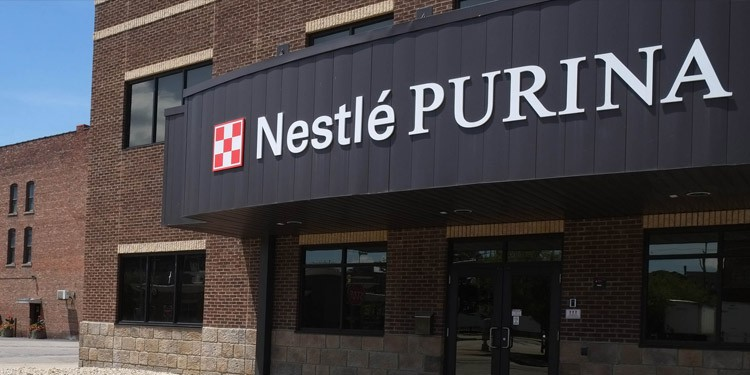 Nestle empleos Visalia California